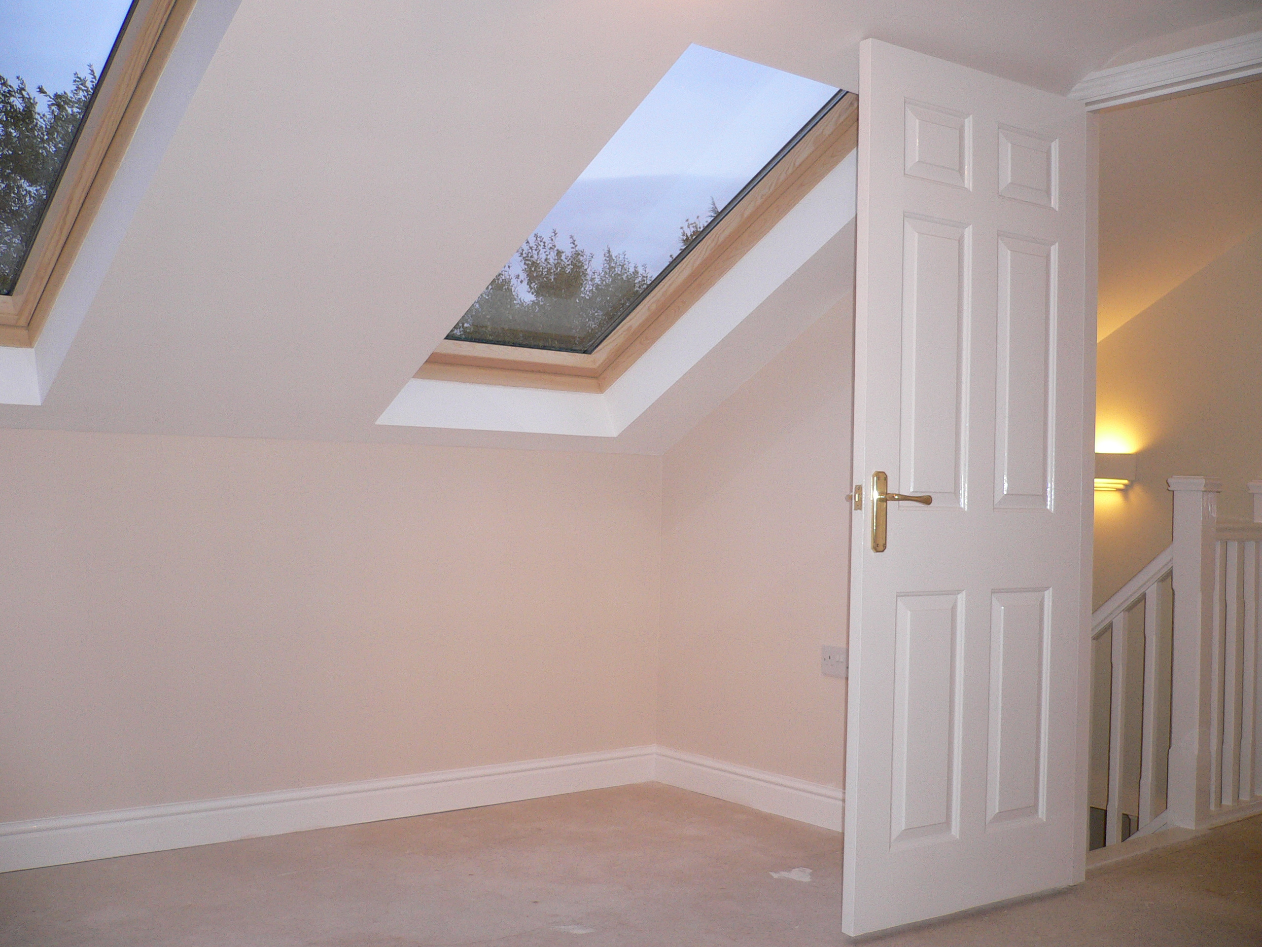 32 - Bedroom -1.jpg