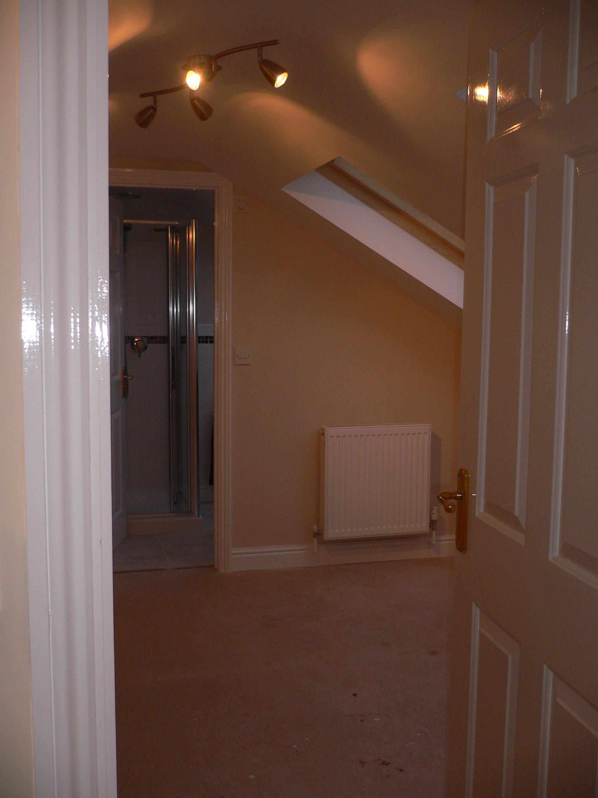 31 - Bedroom.jpg
