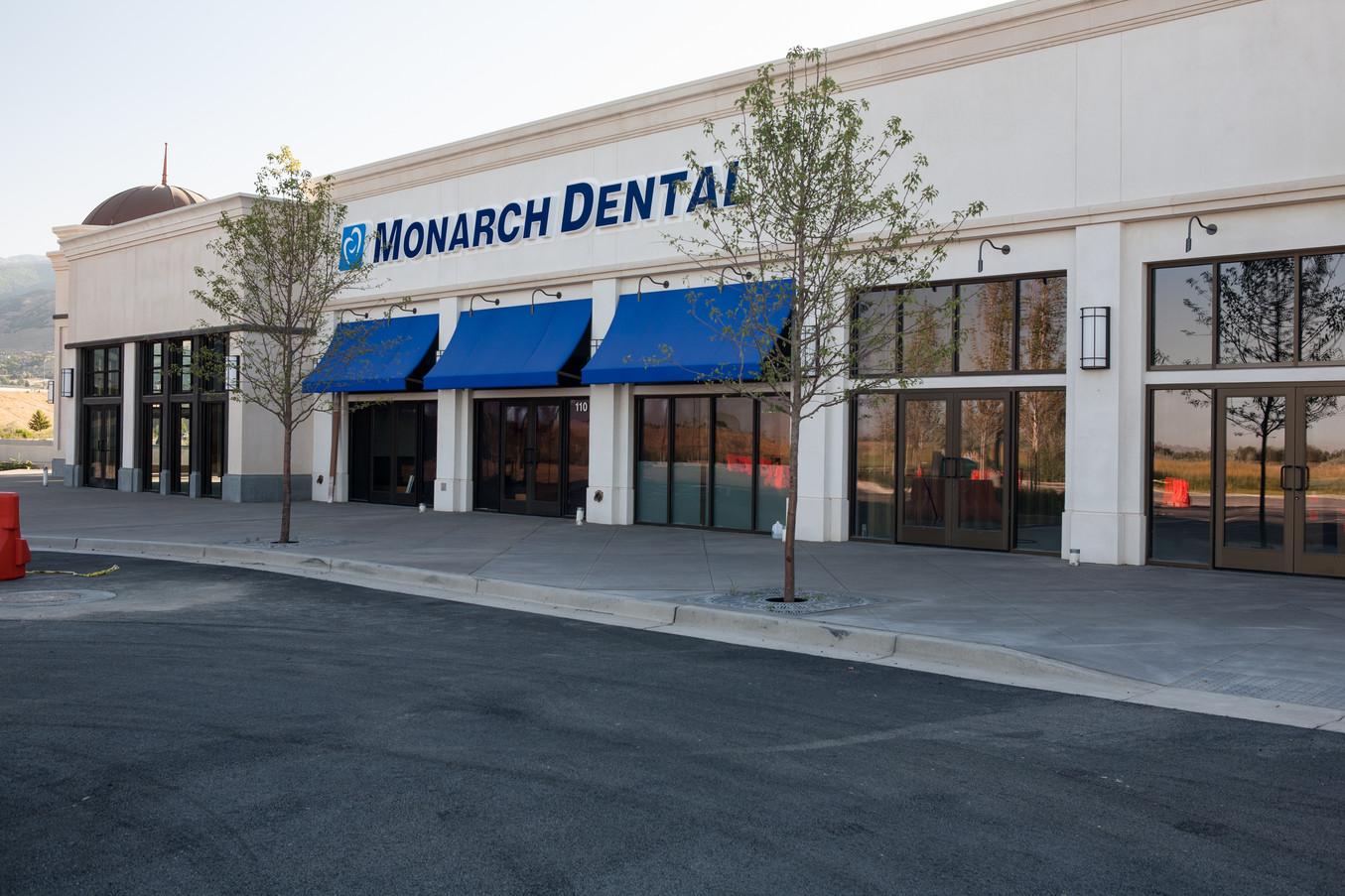 Monarch Dental Station Park