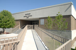 Eastmont Middle School Seismic & Stucco Renovation