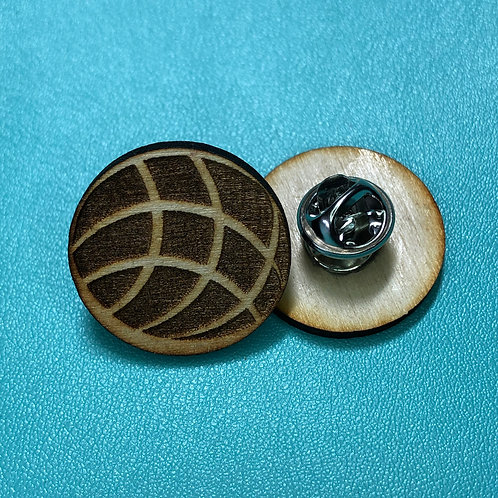 Concha Pin-back Buttons