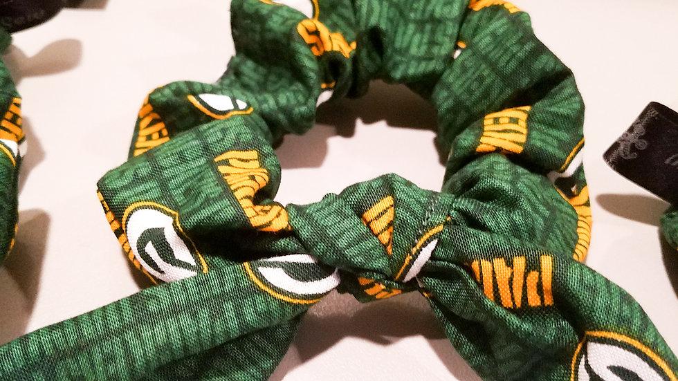Packer team scrunchie
