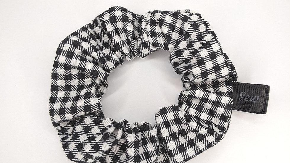 Black & White gingham scrunchies
