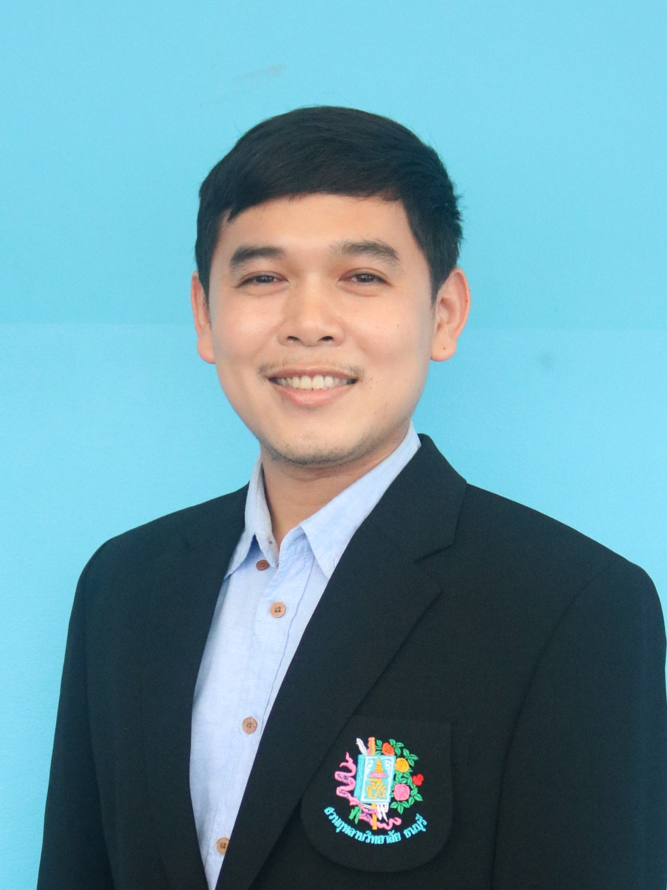 Mr. Thanarwut Photia