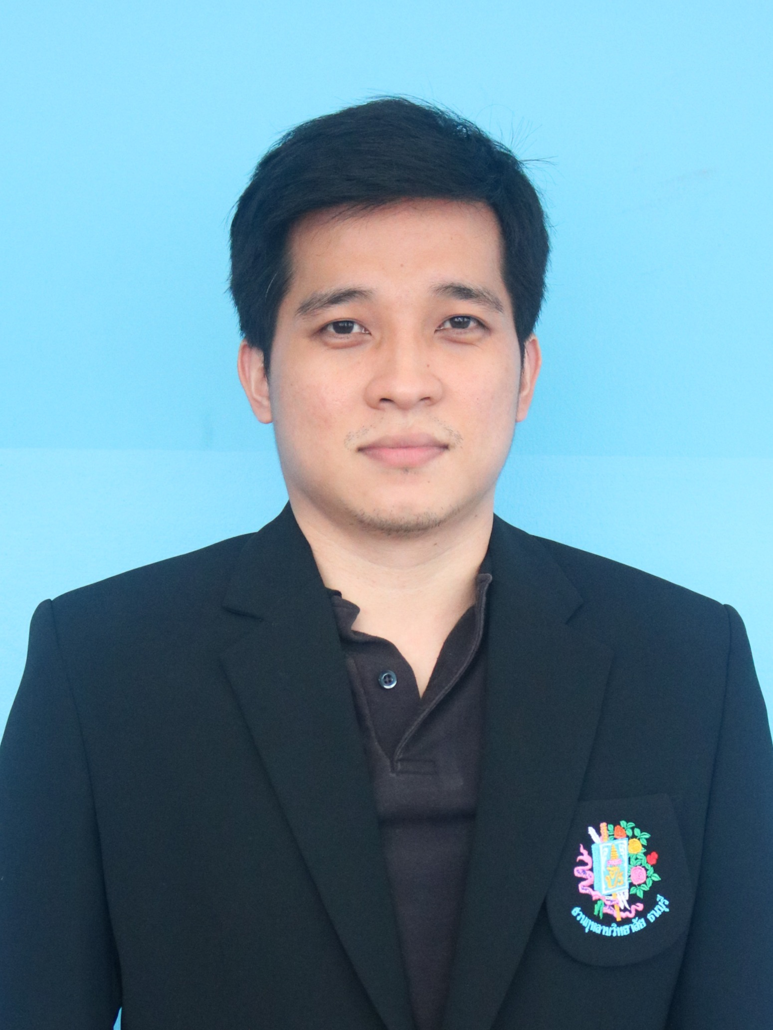 Mr. Sompob Saelee