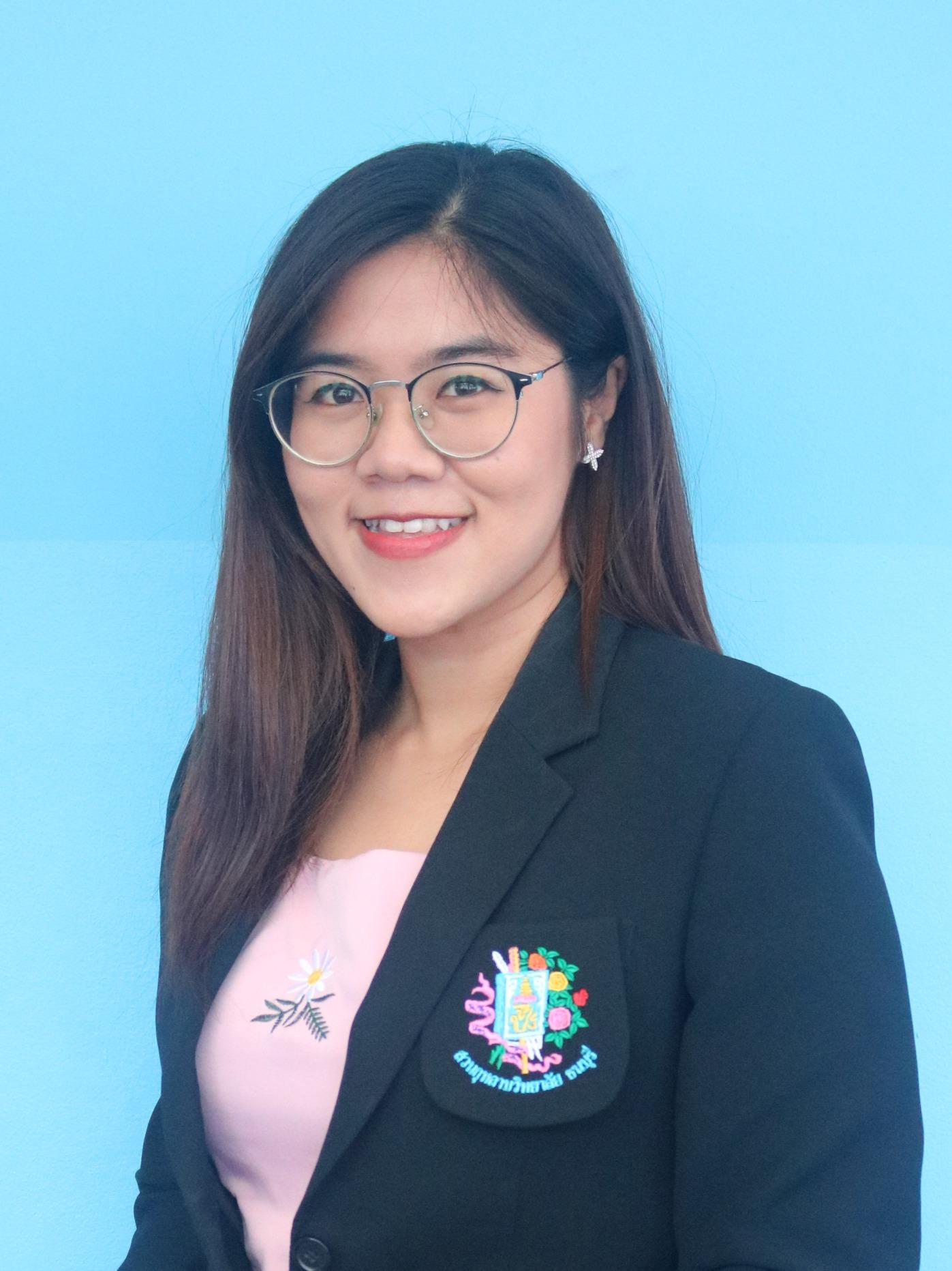 Ms. Pussadee Yangklan