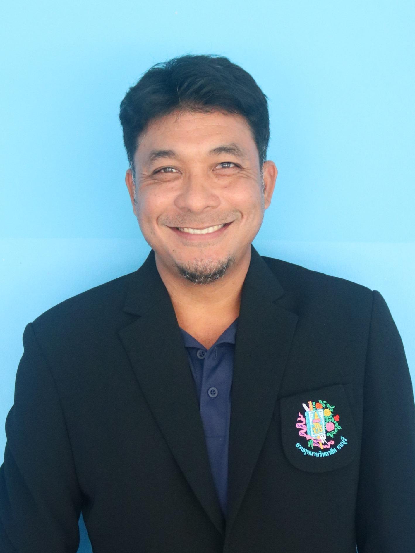 Mr. Picha Khamsuwan