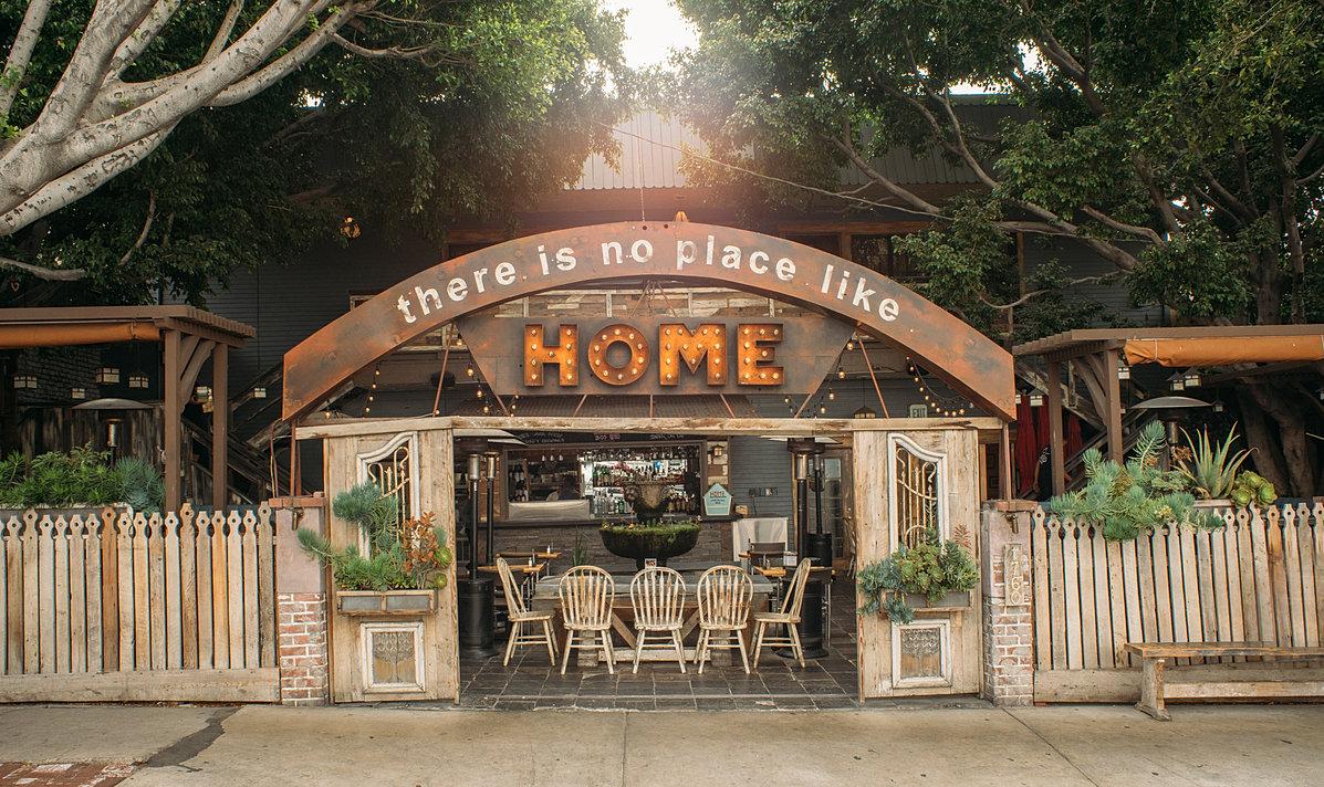 Homerestaurantla for Www newhouse com