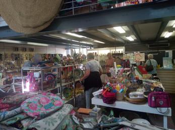 Souvenire shopping at KZNSA