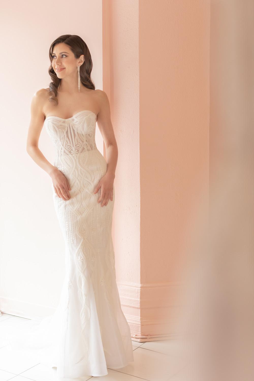 Modern wedding dress montreal