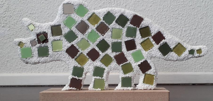 Mozaiek voorbeeld dino.jpg