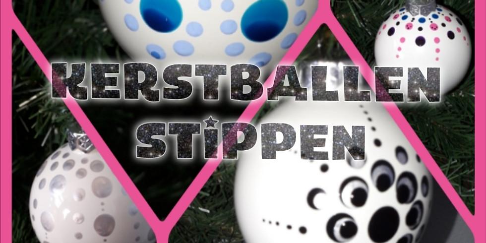 Kerstballen stippen