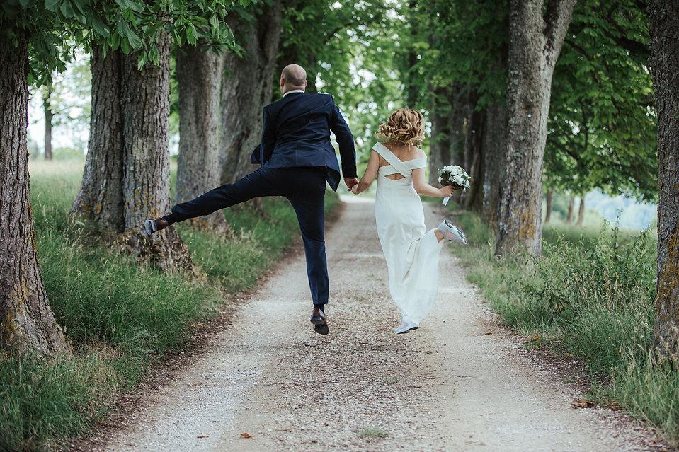 """Hochzeitsfoto """" Sprung ins Glück"""""""