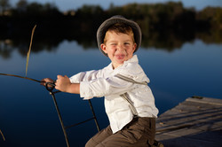 Kinderfotos am Steg in Ungarn fotografiert