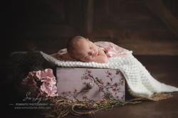 Baby in Schublade