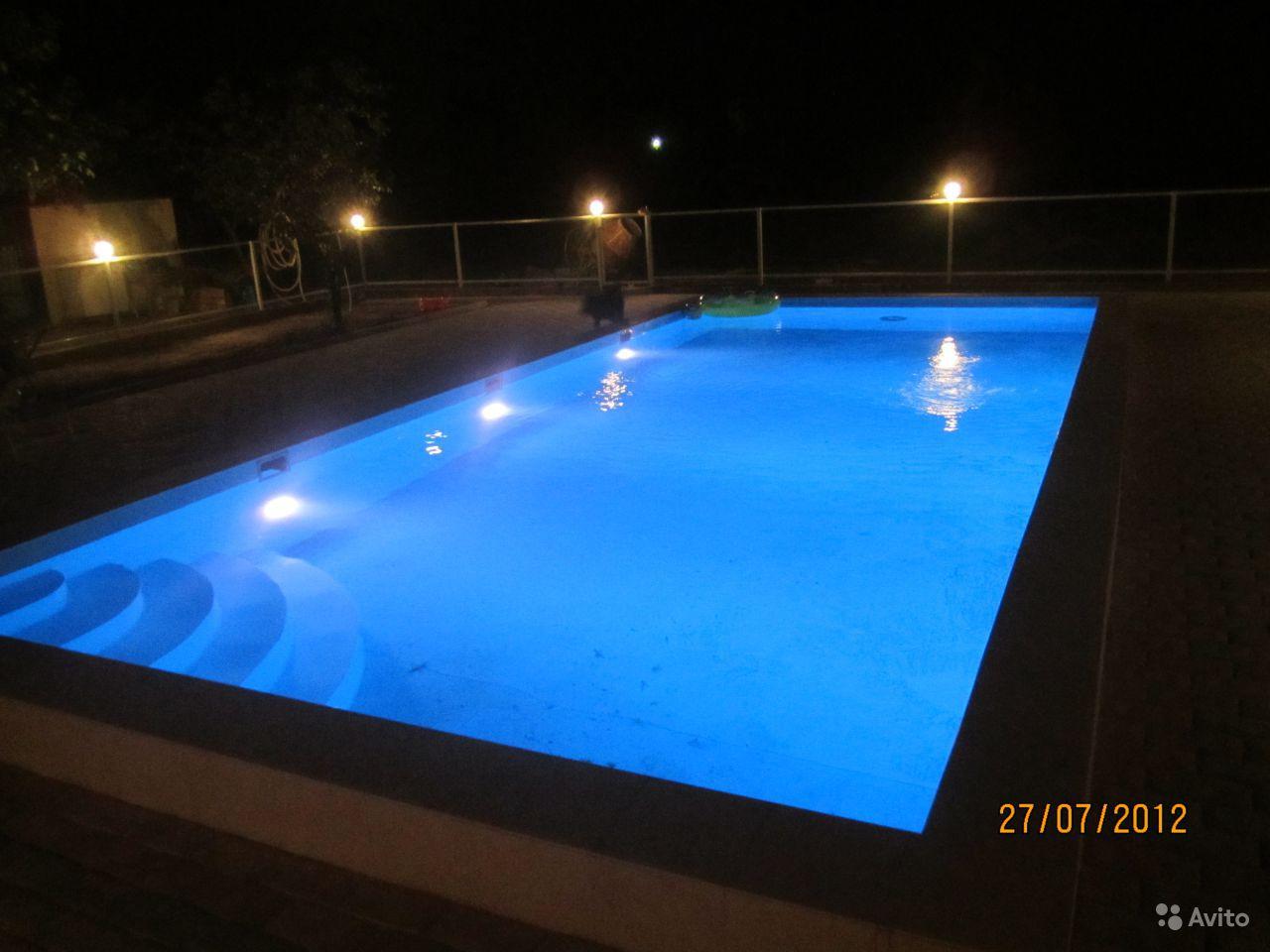 Бассейны с подсветкой