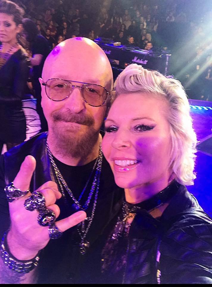Stacey Wells and Rob Halford Selfie on stage ,raising money fro the kids