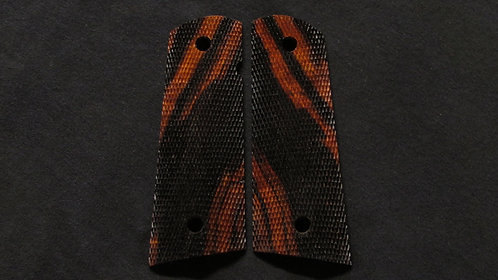 Full Size Full Checkered 1911 Ironwood Magwell grips #15