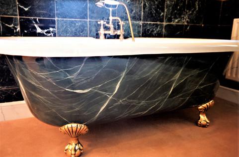 Faux Green Marbled Bath