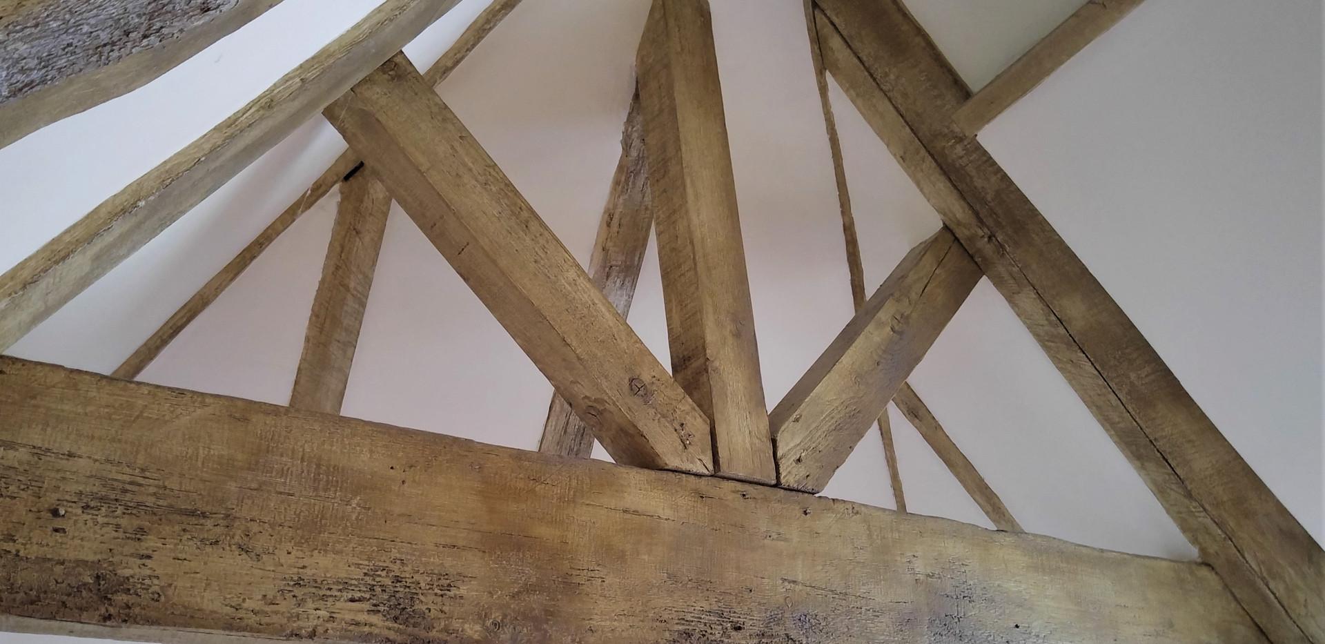 Faux Woodgrained Oak Beams
