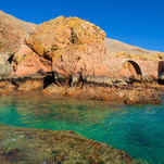 Discover remotes and breathtaking beaches in boat trips