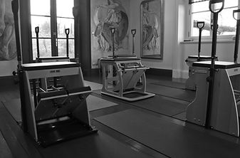 Atelier Pilates chair.jpg