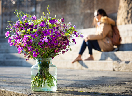 How to Promote Your Flower Business Online (And Why You Can't Ignore It)