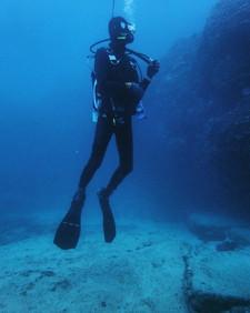 水中懸浮.jpg