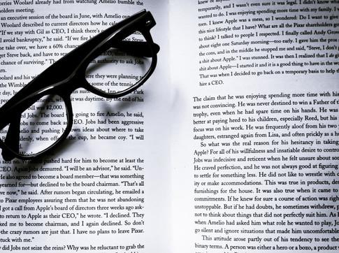 O que aprendi revisando um livro