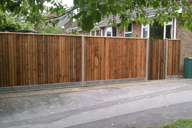 closeboard fence.jpg