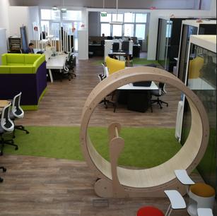 Aménagement des locaux d'un incubateur de start-ups