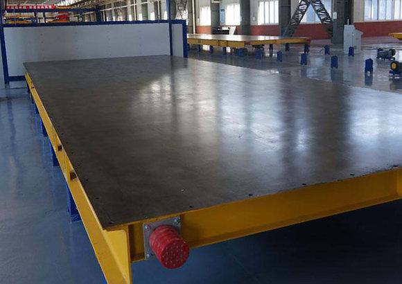 Precast concrete pallet