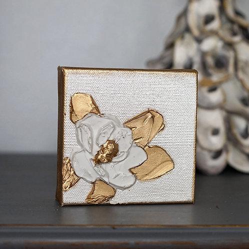 Magnolia Mini