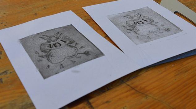 Atelier de gravure de McFly-illustration (Amandine Marty) à Open Bidouille Camp