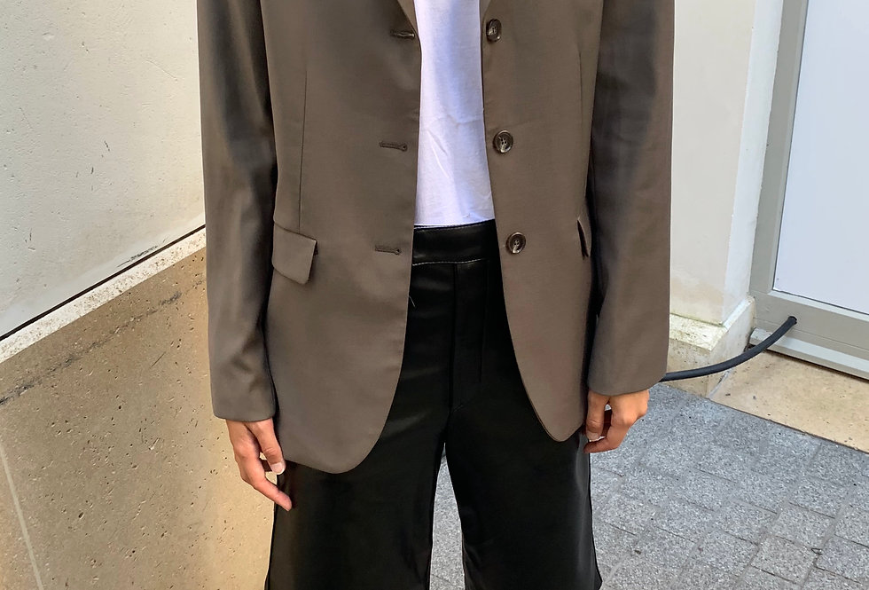 Oversized Three-button Blazer