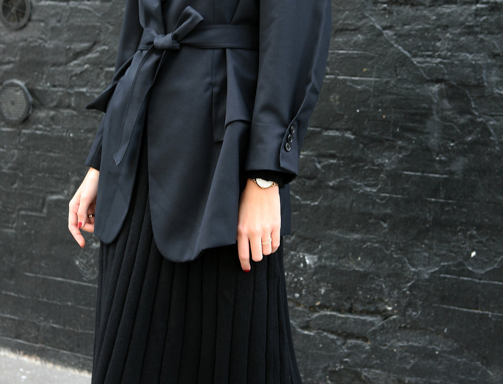 Belted relaxed-fit jacket