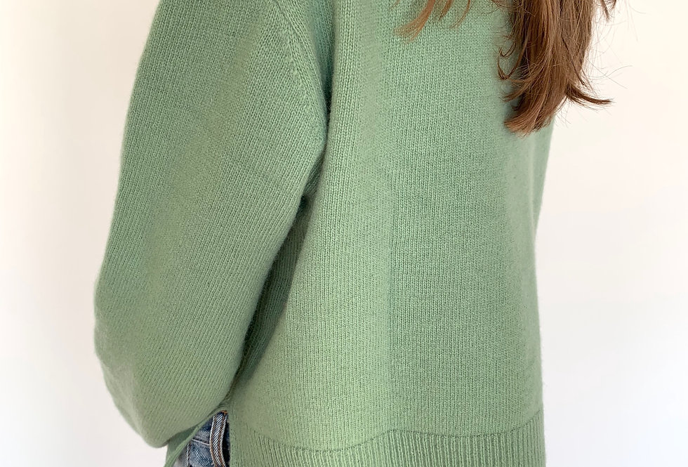 Cropped Knitted Jumper (2colors)