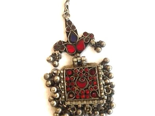 Kuchi Pendant - square dancer