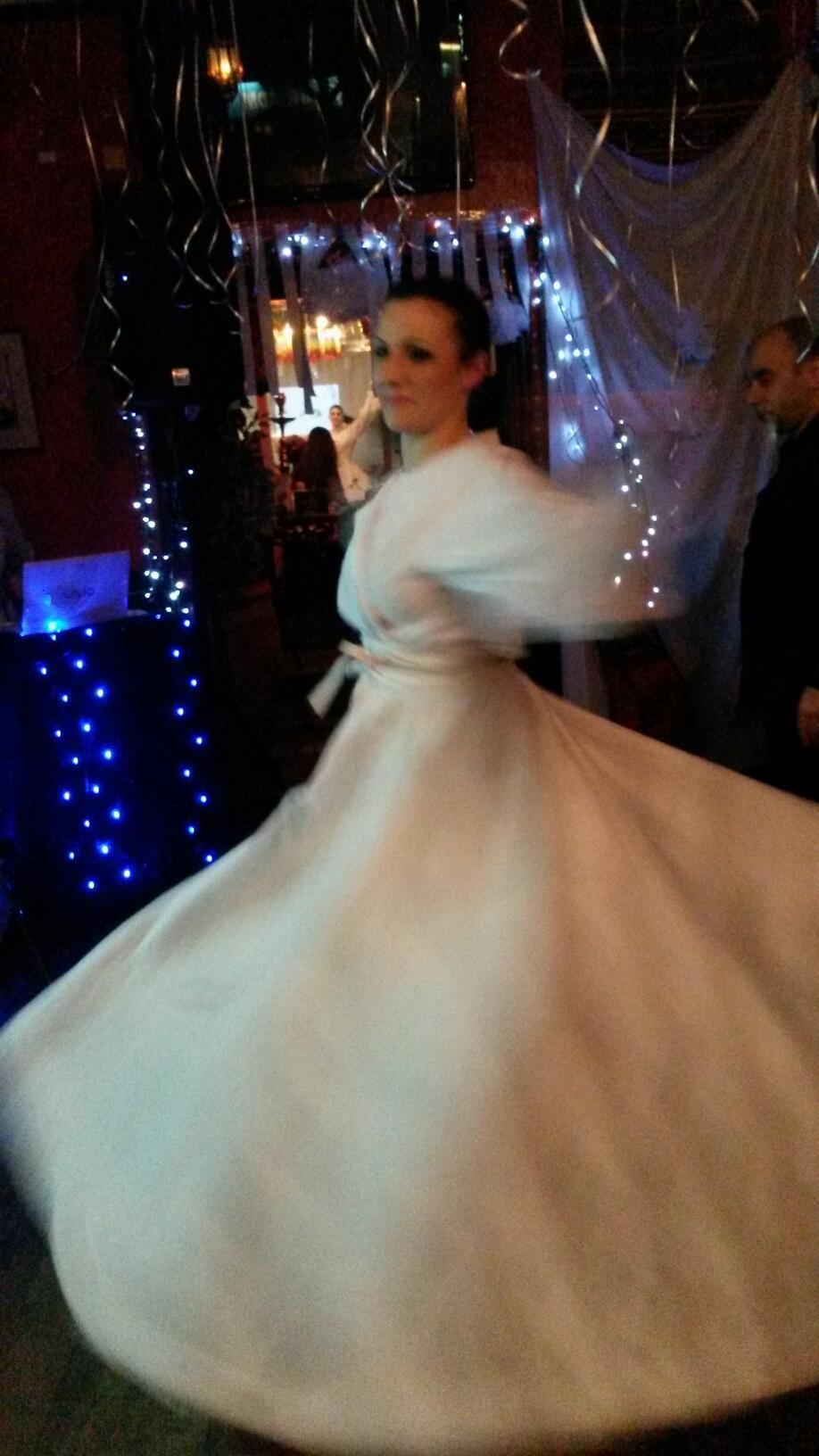 Zara Dance doing Tanora