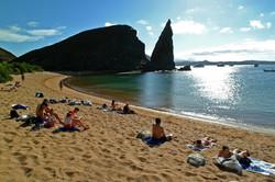 Bartolomé beach