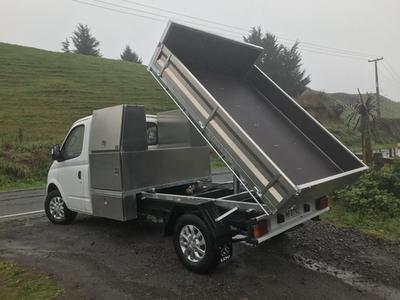 Custom Storage & Tipper Truck Deck