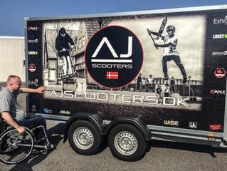 AJ Scooters med lækkert grafisk design