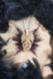 Ailes de fée dark artisanat bijou en os.