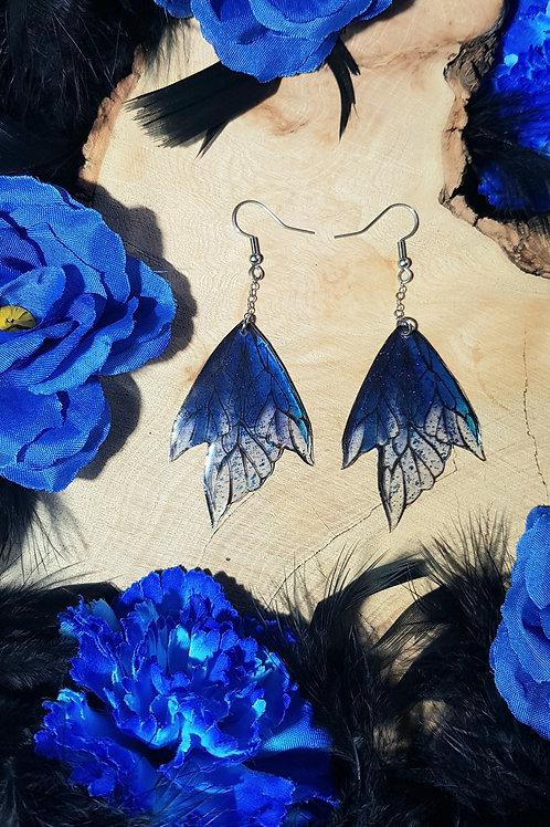 Boucle dark bleu glacées