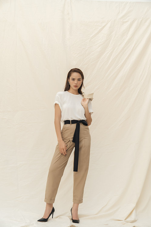 SS19: TOP(A13): 950.000 VND PANTS(Q5): 1.250.000 VND