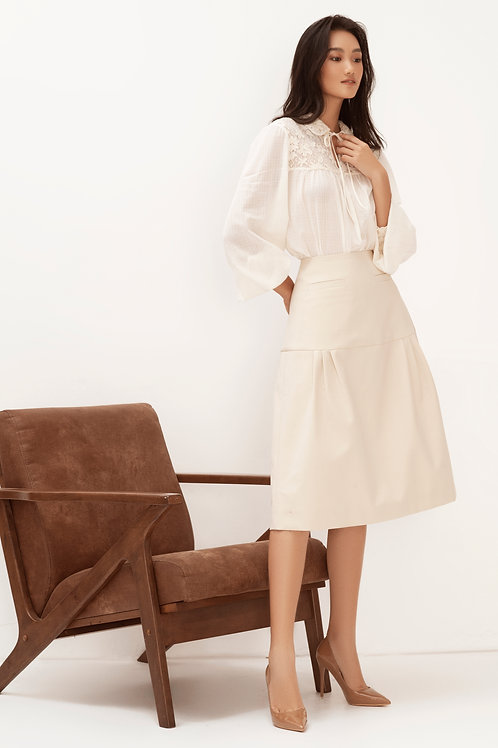 SS20: TOP(A16): 1.650.000 VND SKIRT(V05): 1.450.000 VND