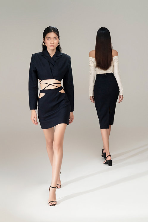 RS21: TOP(A03): 3.250.000 VND SKIRT(V03): 1.450.000 VND
