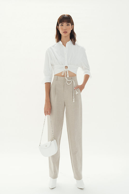 PF19: TOP(A2): 1.250.000 VND PANTS(Q1): 1.450.000 VND