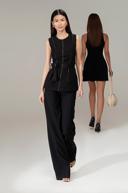 RS21: TOP(A04): 2.250.000 VND PANTS(Q01): 1.450.000 VND