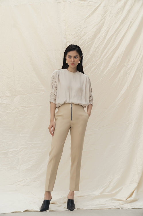 SS19: TOP(A15): 1.250.000 VND PANTS(Q7): 1.250.000 VND